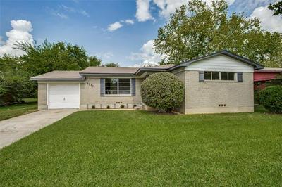 1711 MERRYWOOD WAY, Gainesville, TX 76240 - Photo 1