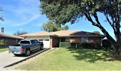 1510 LINDA ST, Bowie, TX 76230 - Photo 2