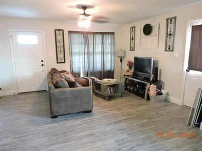 206 COMMERCE ST, MAYPEARL, TX 76064 - Photo 2