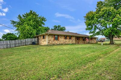 5008 ROLLING HILLS DR, Sherman, TX 75092 - Photo 2