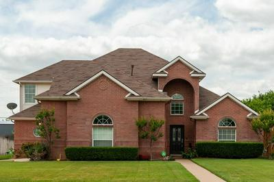 740 LAKEWOOD DR, Kennedale, TX 76060 - Photo 2