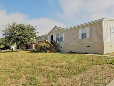408 GLENWOOD ST, Gainesville, TX 76240 - Photo 1