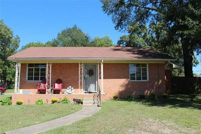 702 CANFIELD ST, Gladewater, TX 75647 - Photo 1