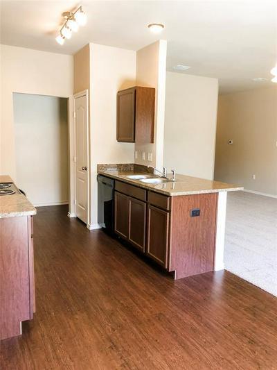 309 BREAUX, Mabank, TX 75147 - Photo 2