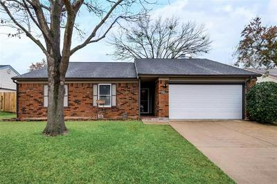106 CINNAMON LN, Euless, TX 76039 - Photo 1