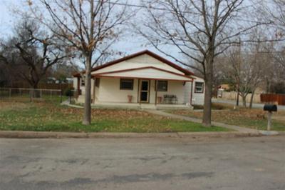 1500 LLANO ST, COLEMAN, TX 76834 - Photo 2