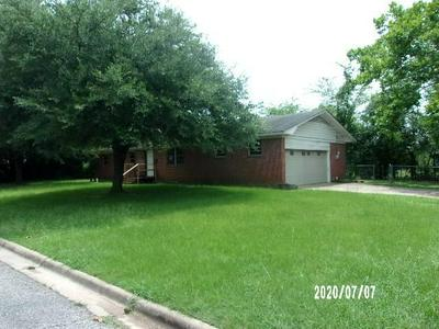 1702 GENE DR, Mount Pleasant, TX 75455 - Photo 2