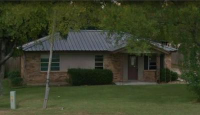 1510 W FRONT ST, Blossom, TX 75416 - Photo 1