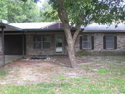 320 ENFIELD CIR, Kerens, TX 75144 - Photo 1