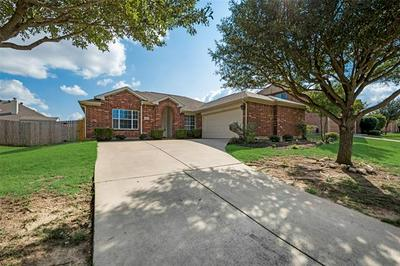 454 CHISHOLM TRL, Justin, TX 76247 - Photo 1