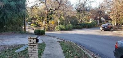 214 APPIAN WAY, Dallas, TX 75216 - Photo 2