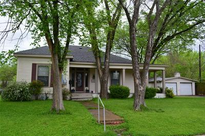902 N GAINES ST, ENNIS, TX 75119 - Photo 1