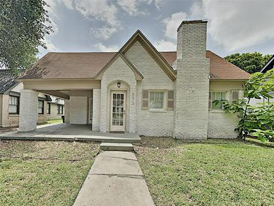 3212 COCKRELL AVE, Fort Worth, TX 76109 - Photo 1