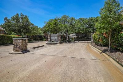 3138 WOODLAND HEIGHTS CIR, Colleyville, TX 76034 - Photo 2