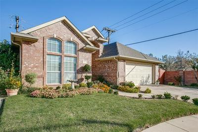 3033 WINDSTONE CT, Bedford, TX 76021 - Photo 2