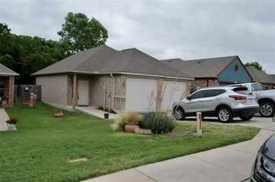 1017 STORY BOOK LN, Weatherford, TX 76086 - Photo 2
