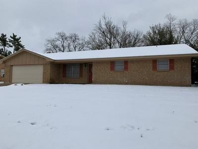977 N DALE AVE, Stephenville, TX 76401 - Photo 1