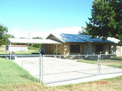 305 COTTON BELT AVENUE, Gustine, TX 76455 - Photo 2