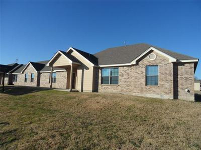 117 LINDAS CREEK LN # 119, Weatherford, TX 76088 - Photo 2