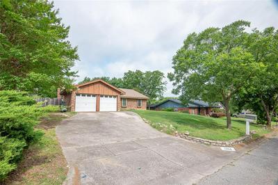 1304 BOIS D ARC ST, Weatherford, TX 76086 - Photo 2