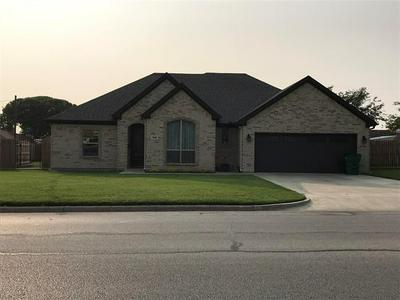 1016 S PRESTON RD, Burkburnett, TX 76354 - Photo 1