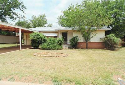 812 W 4TH ST, Coleman, TX 76834 - Photo 1