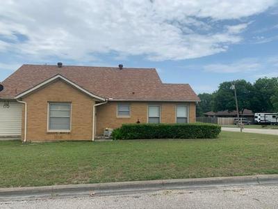 102 E COLLOM ST, Decatur, TX 76234 - Photo 1