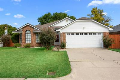 501 BLUE HAZE DR, Fort Worth, TX 76108 - Photo 2