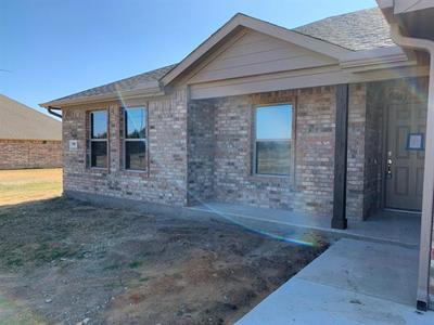 550 CROW RD, Whitesboro, TX 76273 - Photo 2