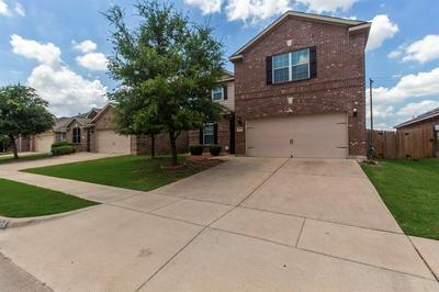 528 DRIFT ST, Crowley, TX 76036 - Photo 2