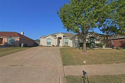 201 WINDY KNOLL LN, Wylie, TX 75098 - Photo 2
