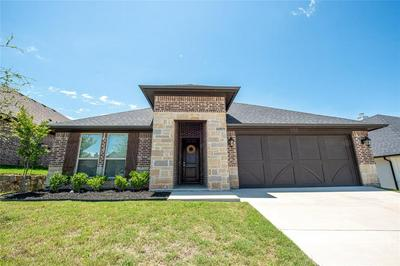 1412 TOWN CREEK CIR, Weatherford, TX 76086 - Photo 2