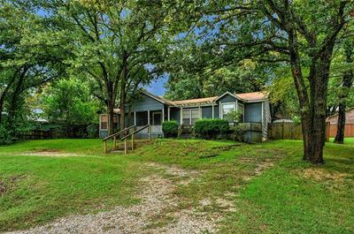 1683 HILLCREST CIR, Gordonville, TX 76245 - Photo 1