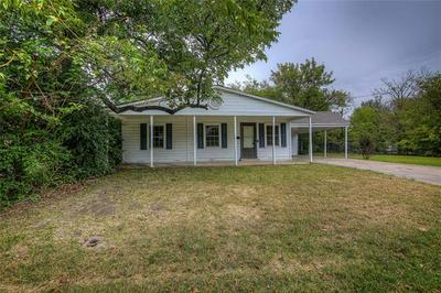 902 N NEAL ST, Commerce, TX 75428 - Photo 1