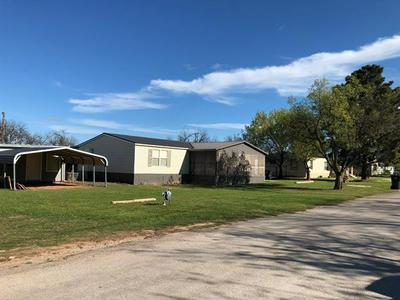610 N BROWNING ST, Seymour, TX 76380 - Photo 2