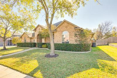 5724 REDGUM DR, Fort Worth, TX 76244 - Photo 2