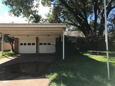 2210 SHERE LYNNE DR, Abilene, TX 79606 - Photo 1