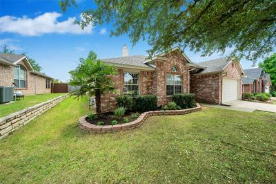 3 MARY LOU CT, Mansfield, TX 76063 - Photo 2