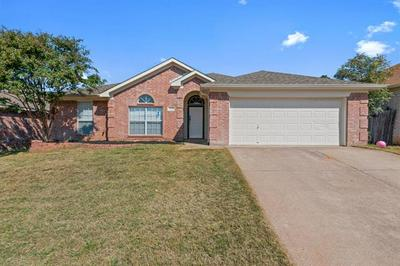 1119 GREENVIEW LN, Kennedale, TX 76060 - Photo 1