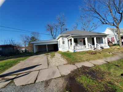 1812 ONEAL ST, GREENVILLE, TX 75401 - Photo 2