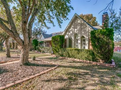 1629 ROCKY POINT DR, Lewisville, TX 75077 - Photo 1