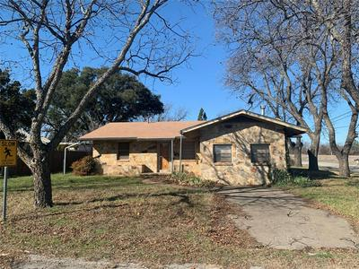 100 SNOW ST, BANGS, TX 76823 - Photo 1