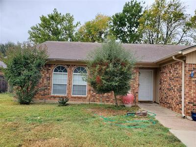 6416 KELLY ELLIOTT RD, Arlington, TX 76001 - Photo 2