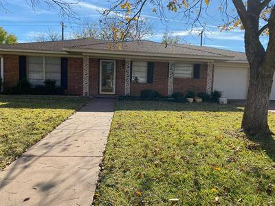 4717 BOB O LINK DR, Abilene, TX 79606 - Photo 1