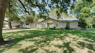 1061 OAK LN, Oak Ridge, TX 75161 - Photo 2