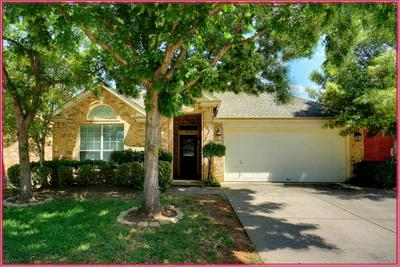 3012 MANOR GREEN BLVD, Euless, TX 76039 - Photo 1