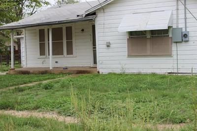 515 5TH AVE, Coleman, TX 76834 - Photo 2