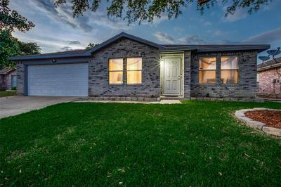 3607 SNEAD CT, Arlington, TX 76014 - Photo 1