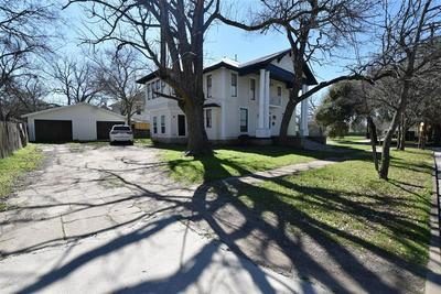 100 CORSICANA ST, HILLSBORO, TX 76645 - Photo 2