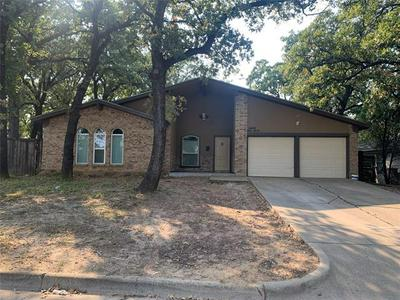 6520 MELINDA DR, Forest Hill, TX 76119 - Photo 1